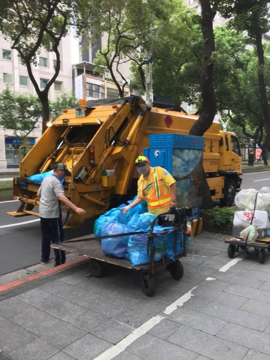 台灣的垃圾車